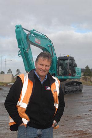 Symon Brothers Purchases New Kobelco 50 Tonne Excavator